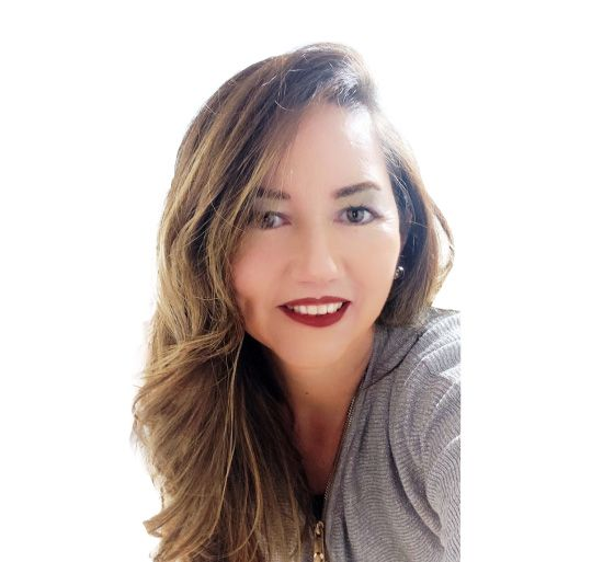 ANGELINA CONTRERAS SOCIO FUNDADOR DE MUTUAL TRADE (CHILE)